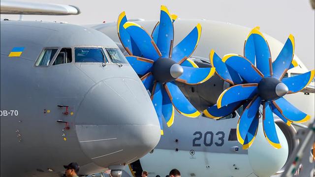 中国买来造运30?迪拜航展安70运输机桨扇瞩目