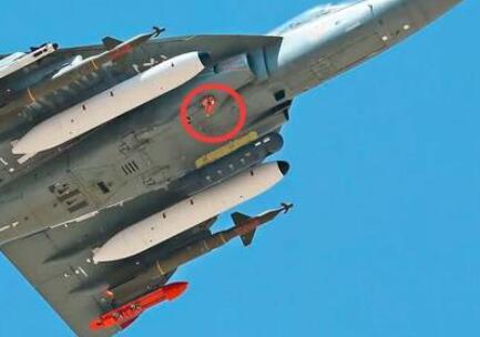 印度研领36年的LCA和机又发明一个奇观:竟无奈启炮