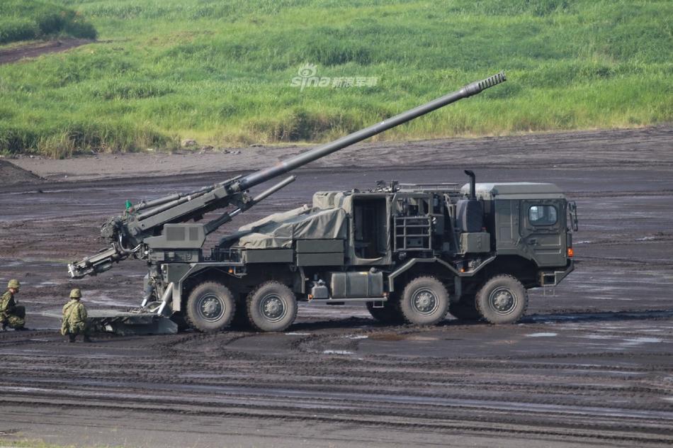 别又跑掉轮子了!日本陆自演习公开展示新型卡车炮