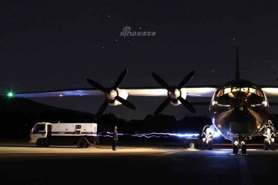 鹰眼俯瞰九天之上!北海舰队航空兵空警200日夜巡海天
