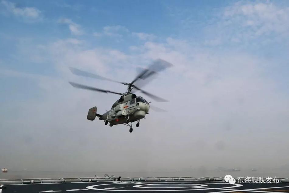 海陆通吃!东海舰队卡28舰载直升机跨昼夜着舰训练