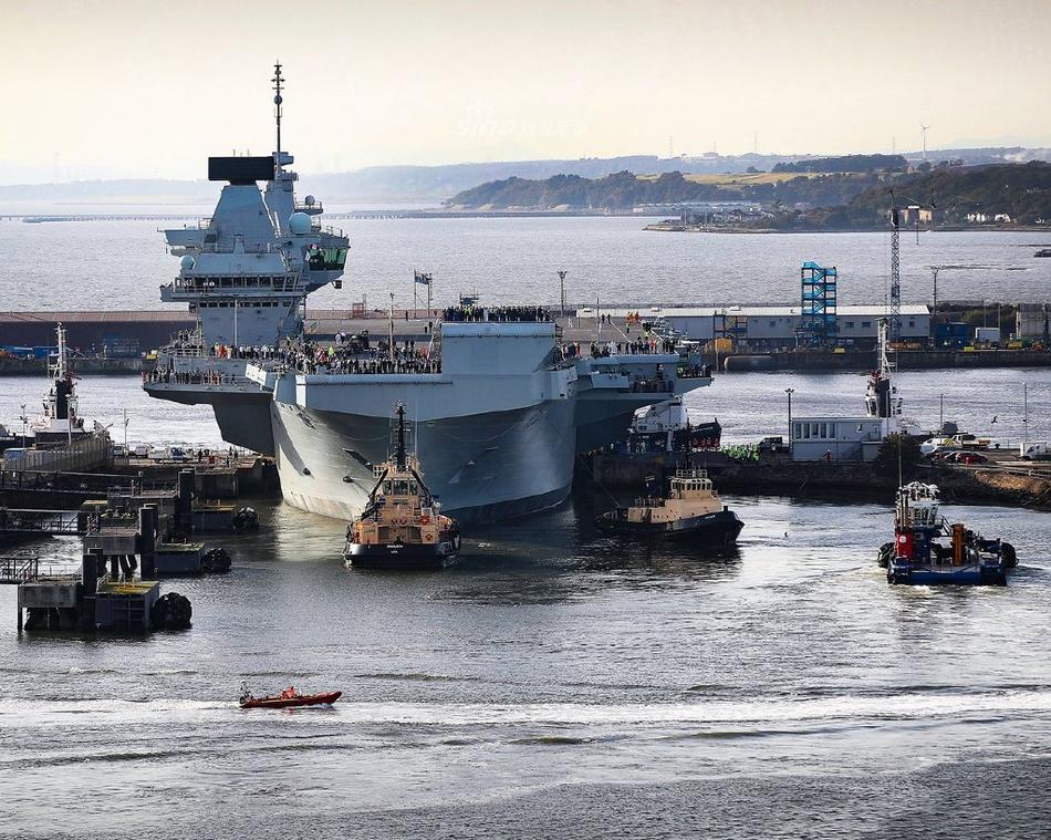 得跟上老伴的步伐!英国第二艘女王级航母进行海试