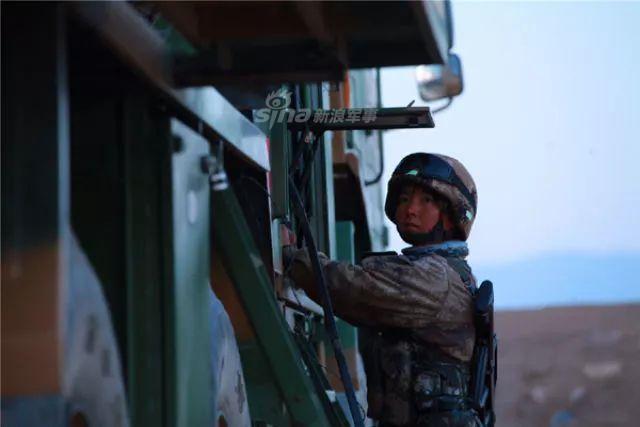 陆军首支女子导弹连揭秘 了解一下