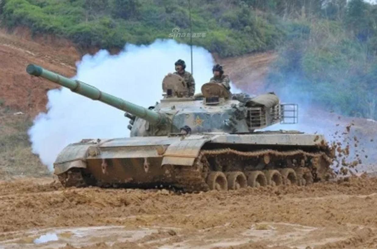 铁甲纵横战无不胜!陆军英模部队老96坦克火力攻坚