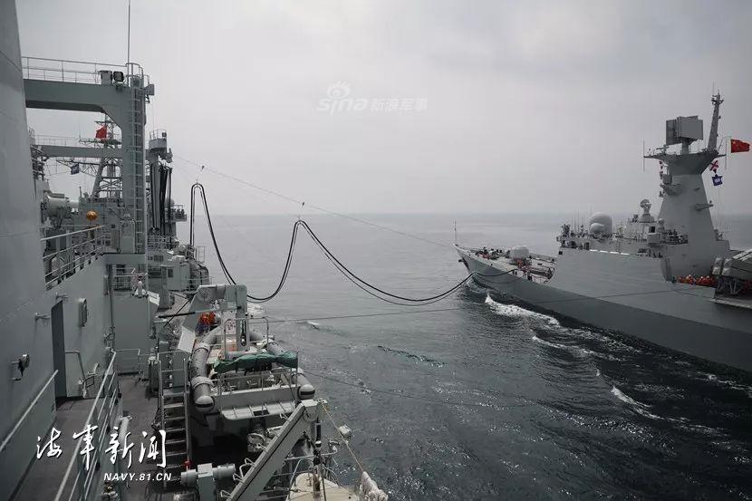 喂饱新青年!北海舰队补给舰带054A出海实战演练