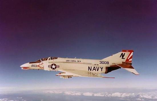 """F-4""""鬼怪""""战斗机"""