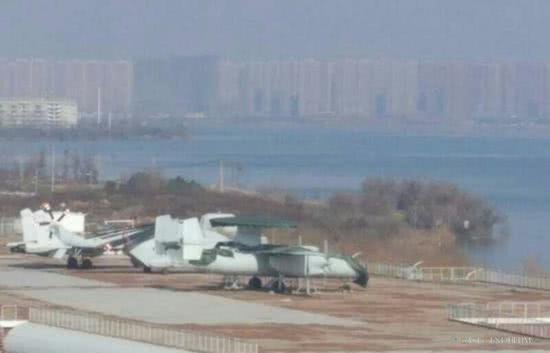 辽宁舰预警机部队亮相 却暴露我军舰载机战力短板说出我的秘密