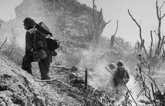鏖战中的美军步兵