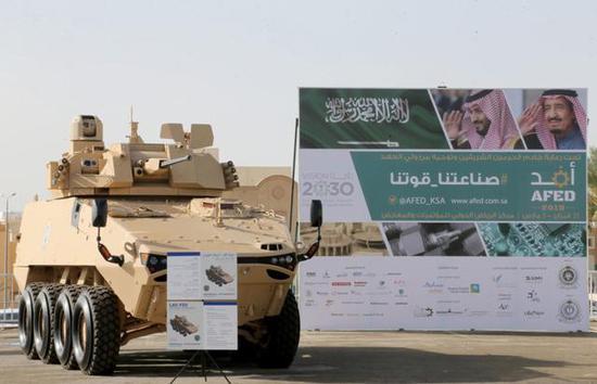 ▲LAV-FSV 8X8轮式装甲车安装比利时CMI公司的炮塔