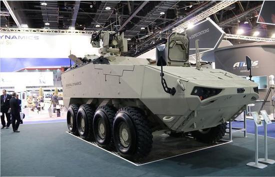 """▲LAV-700指挥车上安装有""""保护者""""遥控武器站"""