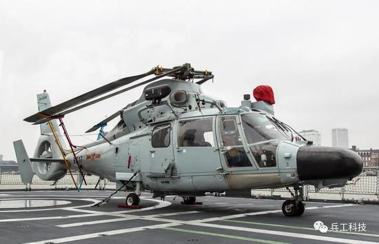 076舰或比日本准航母还大2倍 作战能力轻松压倒对手