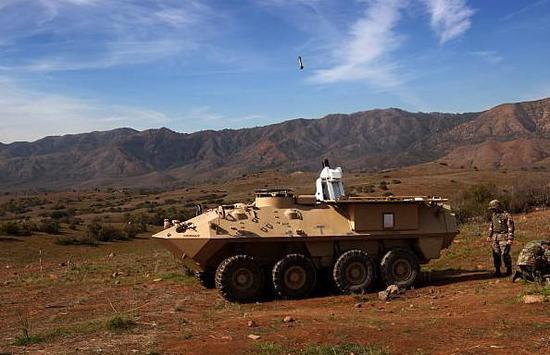 """图为上个世纪90年代时的""""龙火""""自行迫击炮,自动装填是其最大优点。"""
