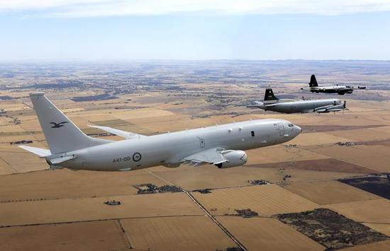 """澳大利亚P-8A等反潜机""""三代同堂""""。"""