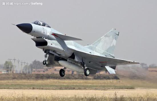 瑞典狮式_中国歼10酷似以色列狮式战机 二者是否真的毫无关系