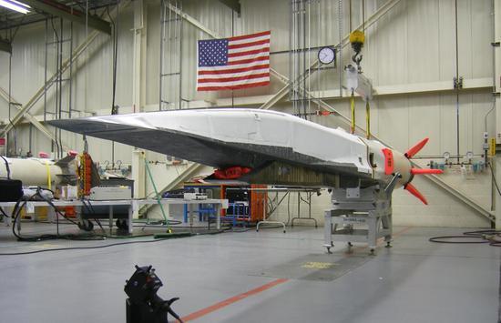 美国研发的X-51A高超音速?#23578;?#22120;