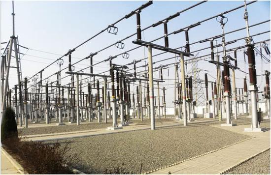图片:城市电力网是战争中需要首先摧毁的目标。