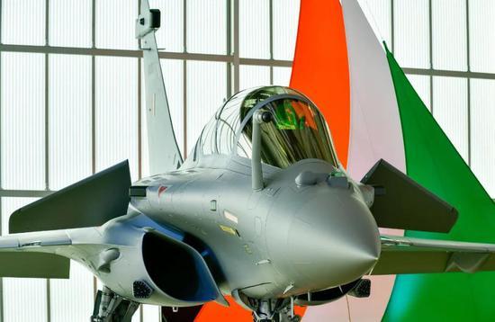中印对峙 两个西方国家的装备差点在边境打了起来