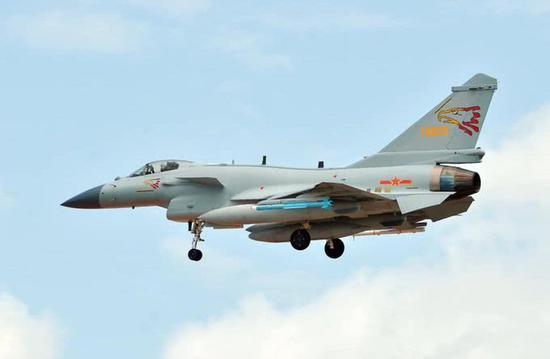 中泰空军举行第四次联合训练 歼10C和空警500搭档