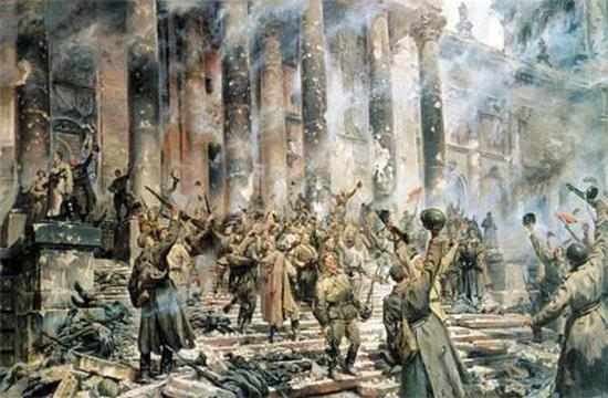 攻克柏林后欢呼的士兵
