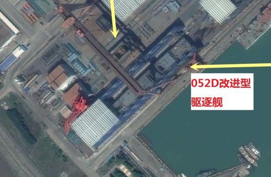 052D改进型导弹驱逐舰疑似亮相。图片来自南海研究论坛,感谢发布者。