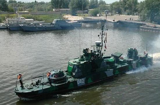 俄海军把坦克炮塔搬上舰艇 不是为省钱而是悠久传统
