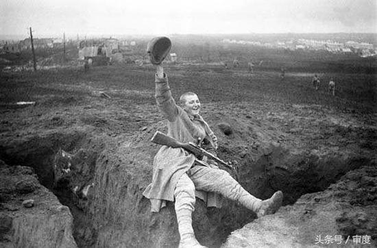 苏联女兵被俘下场令人怜悯 但苏军对女叛徒绝不手软地震仪谁发明的
