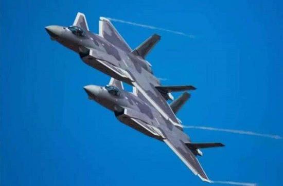 中国海军或倾向歼20上航母 一项要求只有歼20可满足