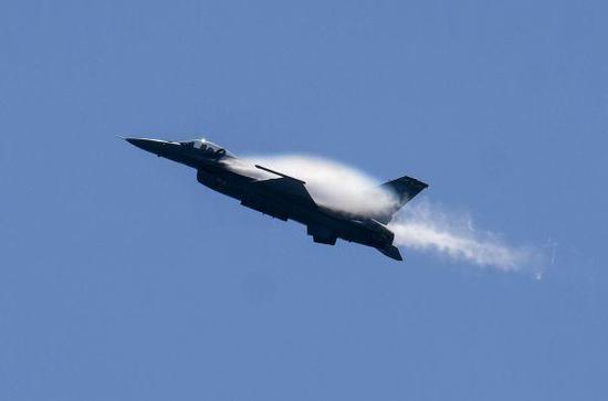 美媒:美国政府推动售台F16V战机 将进一步激怒中国