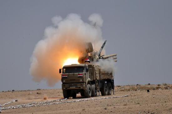 """图为叙利亚防空军的""""铠甲-S1""""防空系统。"""