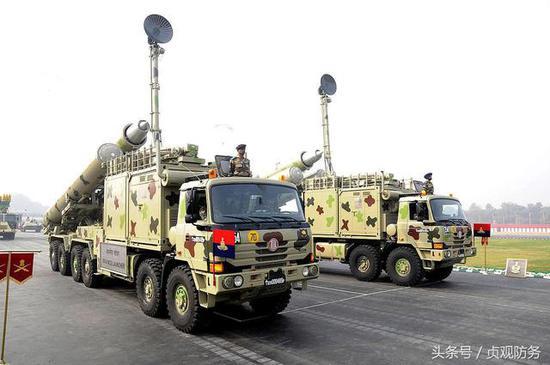 """△印度的""""布拉莫斯""""導彈研製過程中坎坷不斷,目前也在尋求出口"""