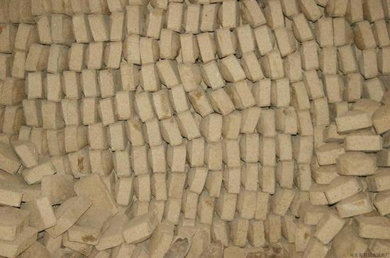 列寧格勒被德國圍堵900天 城內居民為生存吃鋸末面包