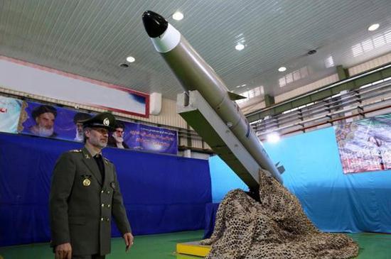 伊朗展示新型智能化