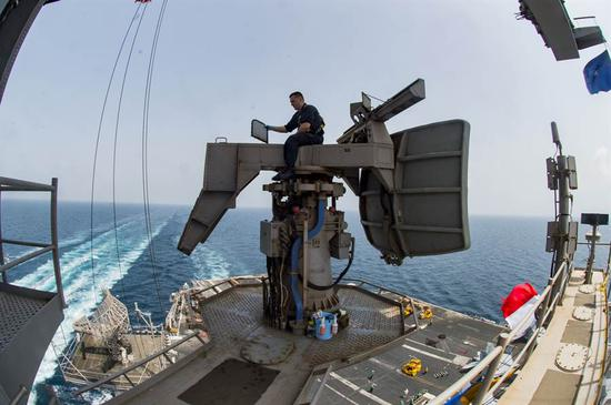 「注册送18元的游戏」中国055万吨大驱再次试航 舰艏拉出涡流(图)