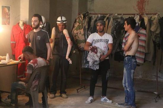 叙军声称找到白头盔虚假化武袭击拍摄地点从头再来 雅易安