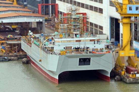 水声监视船