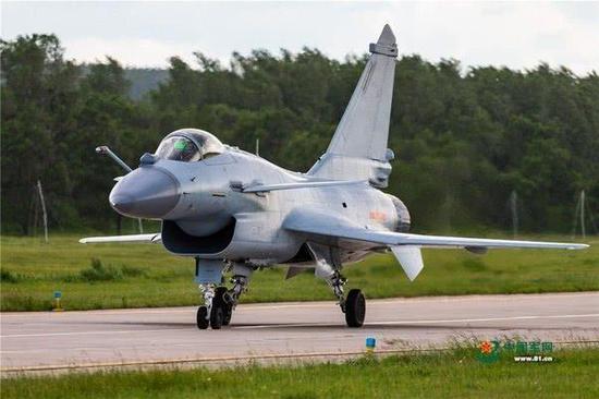 中国歼10和枭龙同台竞标东南亚一国 是买贵还是买对