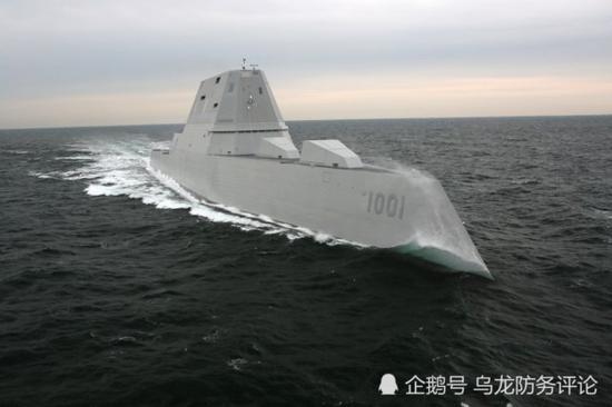 美又一艘科幻战舰服役 进度超中国055舰武器却不好用