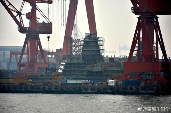 图片:中国正在两船厂新建多艘055,感谢原作者