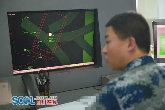 川航备降背后:中国空军紧急清理空域 叫停十余军机saojiejie