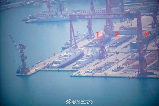 图中3号舰暂无法确认是否加长版052D。感谢照片作者@孙五先令