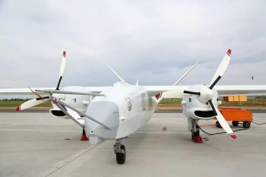 俄罗斯造出超级无人攻击机 航程高达10000公里