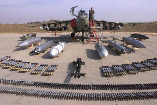 俄军为何还升级这款老战机?可野外起降快速支援战场