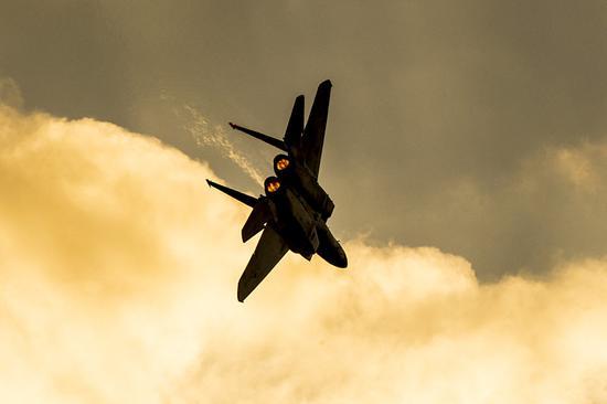 以军空袭叙政府军多处设施 叙军方称已击退来犯之敌