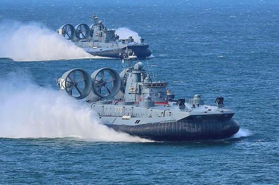 图片:俄海军现役的2艘野牛都在波罗的海舰队