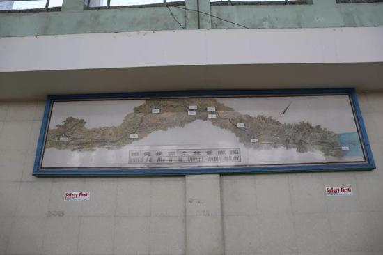 坦赞铁路鸟瞰表示图