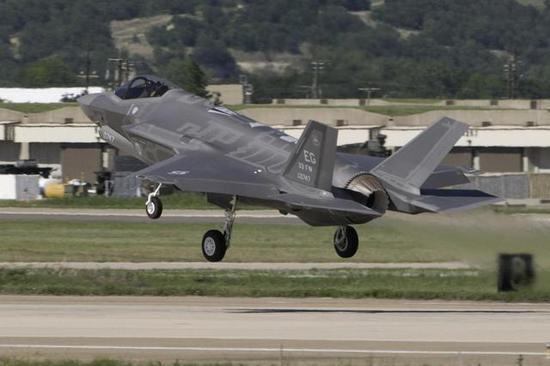日本F3项目再次推迟 美国及时拿出最先进型号来救驾