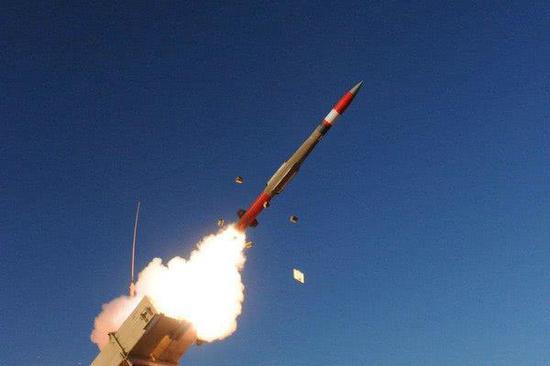 """美""""爱国者3""""新导弹首次二合一  兼顾防空反导任务"""