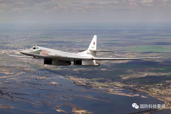 俄为反制北约压力升级核武库 打造新三位一体核力量