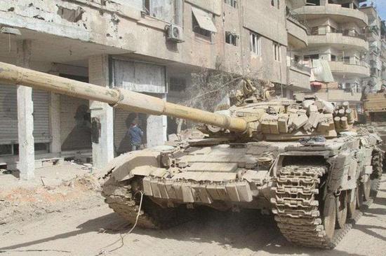 叙T72坦克