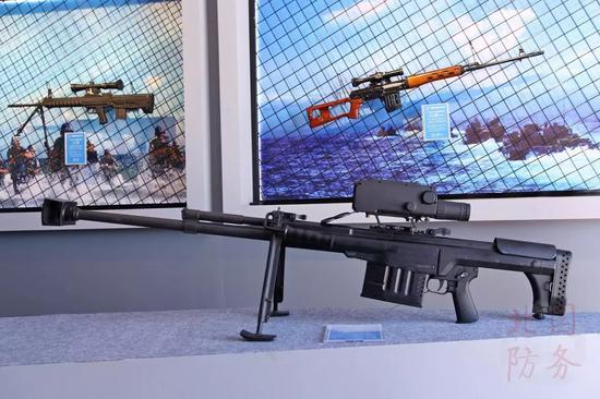 △我军三款主力狙击步枪同台